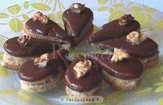 Kávové slzičky - My site Chocolate Coffee, Chocolate Desserts, Czech Desserts, Czech Recipes, Oreo Cupcakes, Xmas Cookies, Food Decoration, Sweet And Salty, Desert Recipes