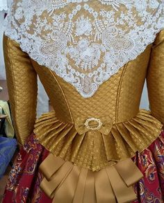 Vintage Outfits, Vintage Dresses, Nice Dresses, Historical Costume, Historical Clothing, Fairy Tale Costumes, 18th Century Dress, Civil War Dress, Princess Costumes