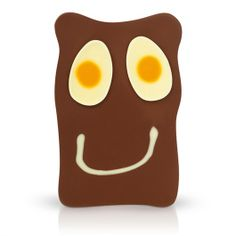 Egg On My Face 200g Slab - A mellow 40% milk chocolate 200g slab with a sunny-side-up white chocolate smiley face.