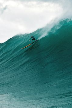 "highenoughtoseethesea: ""Heavy Photo: Pujol """