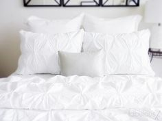 """DIY Pin-tucked duvet cover... On my """"I want to make"""" list..."""