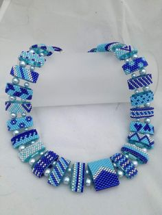 Beaded Necklace Patterns, Beaded Jewelry Designs, Beading Patterns, Beaded Rings, Beaded Bracelets, Beaded Leather Wraps, Bijoux Diy, Beads And Wire, Bead Weaving