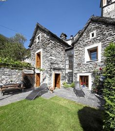 Discover Rustico Corippo in Ticino, the Mediterranean soul of Switzerland. Private Garden, Renting A House, Nice View, Curb Appeal, Switzerland, Interior Architecture, The Good Place, Places To Go, Pergola