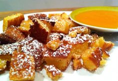 Császármorzsa sütőben Waffles, French Toast, Breakfast, Desserts, Recipes, Morning Coffee, Tailgate Desserts, Deserts, Recipies