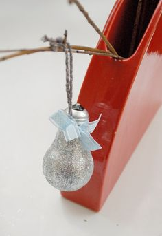 Light bulb decoration