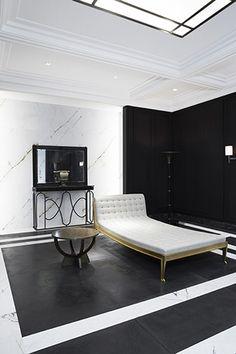 The bathroom Maharajah by Joseph Dirand for Louis Vuitton