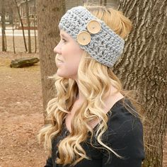 Amelia Chunky Ear Warmer with Buttons | Free Pattern