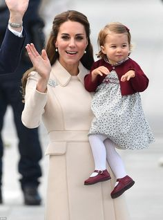 Princess Charlotte looked adorable with her mother he Duchess of Cambridge at a ceremony to mark their departure at Victoria Harbour