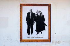 """Esto no es amor    En la imagen,Jorge Arturo Agustín Medina Estéveztambién conocido como elCardenalMedina, acompañado de la """"Madre Angélica"""".Para apreciar alCardenalen su abnegada misión evangelizadora, pincheaquí.          VíctorJaque  Chile  enjaque.cl/ Flickr"""