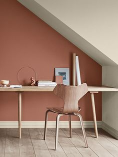 Du rouge brique dans la chambre - Joli Place Office area in a loft room with brick red wall Bedroom Loft, Home Decor Bedroom, Bedroom Small, Bedroom Modern, Red Brick Walls, Sweet Home, Interior Decorating, Interior Design, Cheap Home Decor