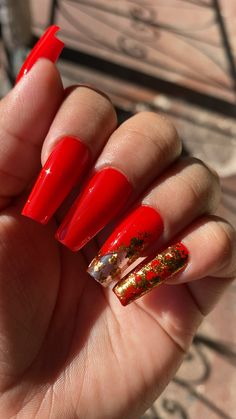 Red Sparkle Nails, Long Red Nails, Red And Gold Nails, Bright Red Nails, Maroon Nails, Cute Red Nails, Red Gel Nails, Bling Acrylic Nails, Coffin Nails