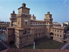 Ferrara and its beautiful castle. http://www.atlantedellarteitaliana.it/immagine/00008/4542OP1448AU8058.jpg