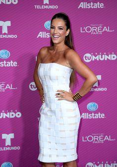 Los mejor y peor vestidos en la alfombra roja de Premios Tu Mundo 2015 Gaby Espino