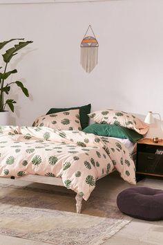 Monstera Pink Leaf Bedding