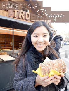 Visiting Prague in the Christmas period means there are plenty of markets around. Apart from the traditional meals we had at restaurants, there are a multitude of snacks and street food to try! Come with me and let's eat our way through Prague!