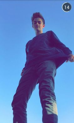 Jack Johnson he looks so tall Magcon Family, Magcon Boys, Hayes Grier, Matthew Espinosa, Husband Best Friend, Future Husband, Cameron Dallas, Snapchat, Jack Edwards