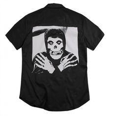 Pin Pin, Misfits, Supreme, Streetwear, Button Up Shirts, Street Style, Pocket, Mens Tops, T Shirt