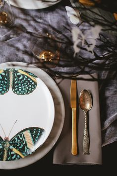 butterflies and botanicals halloween party tabletop inspiration | coco+kelley