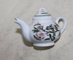 Portmeirion Miniature Teapot in Dog Rose Design. Portmeirion Pottery, English Cottage Style, Famous Names, Tea Art, Rose Design, Botanical Gardens, Tea Time, Miniatures, Range