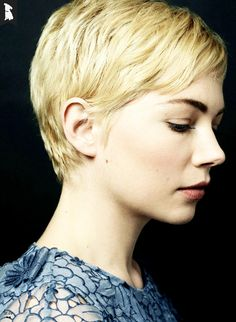 Michelle Williams (side)