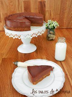 Nutella Cheesecake o Tarta de Queso de Nutella {Sin horno} Great Desserts, Delicious Desserts, Yummy Food, Dessert Ideas, Sweet Recipes, Cake Recipes, Nutella Mousse, Cream Cheese Recipes, Sweet And Salty