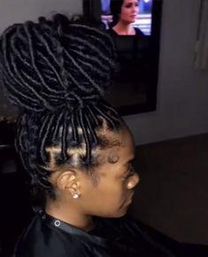 braid hairstyles kinky hairstyles videos hairstyles easy tutorial updos african american braided hairstyles hairstyles with beads hairstyles on yourself Faux Locs Hairstyles, Black Girl Braided Hairstyles, Twist Braid Hairstyles, African Braids Hairstyles, Baddie Hairstyles, My Hairstyle, Easy Hairstyles, Girl Hairstyles, Hairstyles Videos