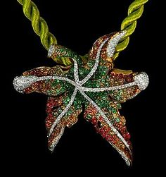 Mousson Atelier, collection Fall, pendant, Yellow gold 750, Multicolored sapphires, Diamonds