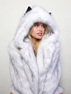 Women's Casual Coat Faux Fox Fur Plus Size Hooded Cat Ear Warm Long Sleeve for Winter Winter Coats Women, Coats For Women, Jackets For Women, Clothes For Women, Only Fashion, Fur Fashion, Fur Casual, Mode Mantel, Fox Fur Coat