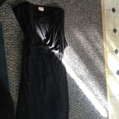 Tracy Reese NY black top size large Really cool open front neck and piece that hangs on the back refer to last pic any questions please ask Tracy Reese Tops Tank Tops