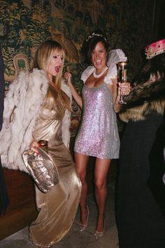 Fashion disco women studio 54 ideas for 2019 Studio 54 Fashion, Studio 54 Style, 70s Disco Fashion, Fashion Goth, Studio 54 Costumes, 70s Party Outfit, Hollywood Theme Party Outfit, 70s Disco Outfit, Disco Outfits