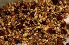 Breathe Magazine: Chia Cherry Cashew Granola