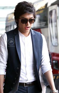 Lee Min Ho, 20100501, Gimpo airport. The Great Doctor, Lee And Me, Lee Min Ho Photos, New Actors, Kim Woo Bin, Korean Star, Lee Jong Suk, Boys Over Flowers, Kdrama Actors