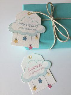 These tags are perfect to attach to favors for a baptism. Are printed on pronounced paper Cream colour, protrudes from the tag cloud as well as the starlet. Favor Tags, Gift Tags, Bomboniere Ideas, Birthday Packages, Gift Wraping, Baptism Favors, 1st Birthday Girls, Card Tags, Baby Cards