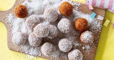 These carrot cake bliss balls take the flavours of a traditional cake and turns it into a healthy snack! They are sweetened with dates and fruit and rolled in yummy coconut!