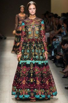 INSPIRED MEXICAN/RUSSIAN DRESS