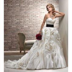 Sweethearts Bridal Boutique — SH96
