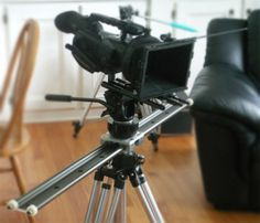 DIY slider for DSLR filmmaking