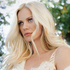 Αυτό το look της Ζέτας Μακρυπούλια μας άρεσε πολύ Star Fashion, Sexy Women, That Look, Beautiful Women, Hairstyle, Makeup, Faces, Beauty, Sirens