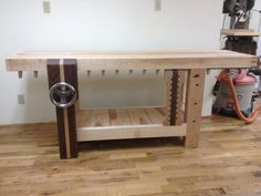 Split-Top Roubo Workbench - The Wood Whisperer Guild Garage Workshop, Workshop Ideas, Work Benches, Woodworking Bench, Tool Box, Carpentry, Entryway Tables, Username, Projects