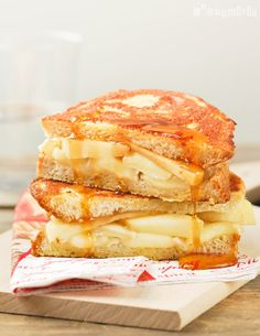 French toast brie apples maple syrup