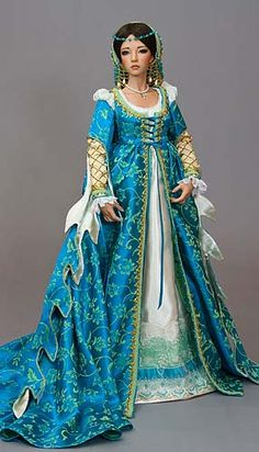 Italian Renaissance costumed doll - beautifully done and good historical accuracy - showcasing leaf-shaped dagging of the sleeves . Might be on a doll but I'm drooling over it to wear it! Mode Renaissance, Renaissance Costume, Medieval Costume, Renaissance Fashion, Italian Renaissance Dress, Renaissance Dresses, Historical Costume, Historical Clothing, Pretty Dolls
