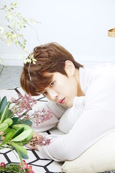 Sungyeollie makes my heart flutter so much Lee Sungyeol, Dong Woo, Kim Myung Soo, Kim Sang, Myungsoo, Woollim Entertainment, Kim Jaehwan, K Idols, Beautiful Babies