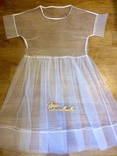 Finish dress from tulle))) - Finish dress from tulle]]] Baby Dress Design, Frock Design, Fashion Sewing, Girl Fashion, Fashion Outfits, Dresses Kids Girl, Kids Outfits, Diy Clothes, Clothes For Women