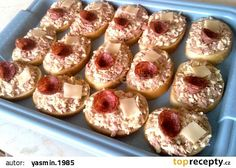 Rodinná Vlašská pomazánka recept - TopRecepty.cz Doughnut, Ham, Food And Drink, Appetizers, Snacks, Cooking, Desserts, Recipes, Sandwich Spread