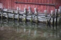 November by the sea, Åland. #harbor #fishing #fishermen  Destination Finland - Google+ https://plus.google.com/collection/QBngBB?gmbpt=true&pageId=109633591006142446140&hl=fi