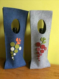 Wine Bag - Need Reliable Information About Wine Look Here! Felt Diy, Felt Crafts, Fabric Crafts, Sewing Crafts, Diy And Crafts, Sewing Projects, Arts And Crafts, Penny Rugs, Wine Bottle Crafts