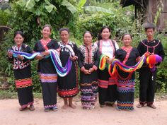 The women of a Lahu village in Northern Thailand make amazingly comfortable and beautiful fair trade hammocks.