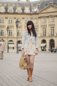 Combishort / Romper : Topshop  Veste / Denim jacket : Auntie Rosa  Sac / Bag : miu miu  Bottes / Boots : Vintage