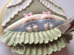Baby bassinet cookies