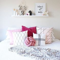 """""""Gorgeous bedroom inspiration from @whitefoxstyling I'm in love with the berry tones and that @my_littleecho knot cushion oh my #interior…"""""""